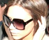 Pictures of Victoria wearing dVb eyewear Th_08792_January16th2007c_122_1006lo