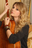 http://img175.imagevenue.com/loc1118/th_28270_Taylor_Swift_Studio_12_NBS_122_1118lo.jpg