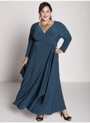 А вот красивые модели вечерних платьев для полных женщин.