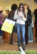 Kendall Jenner shopping in Malibu 1/22/12