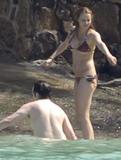 A little bikini malfunction... - Stuff Online Foto 145 (Бикини мало неисправность ... - Stuff Интернет Фото 145)