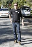 David em um almoço com um amigo no Avotre Sante em Brentwood - CA Th_38753_David_Duchovny_out_and_about_in_LA_CU_ISA_25_122_817lo